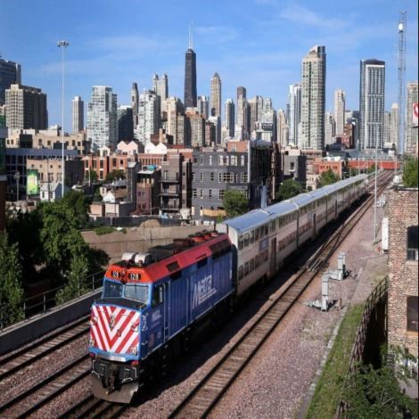 metra train picture
